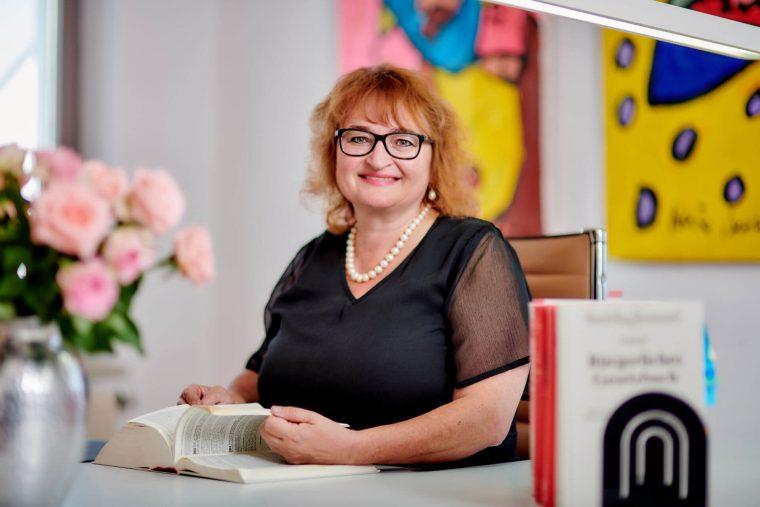 Martina Gleixner, Rechtsanwältin und Fachanwältin für Familienrecht